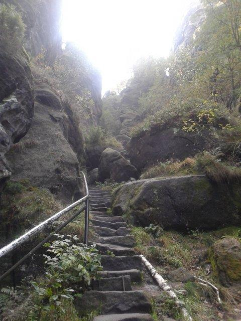 500 Stufen Aufstieg zum Nadelöhr