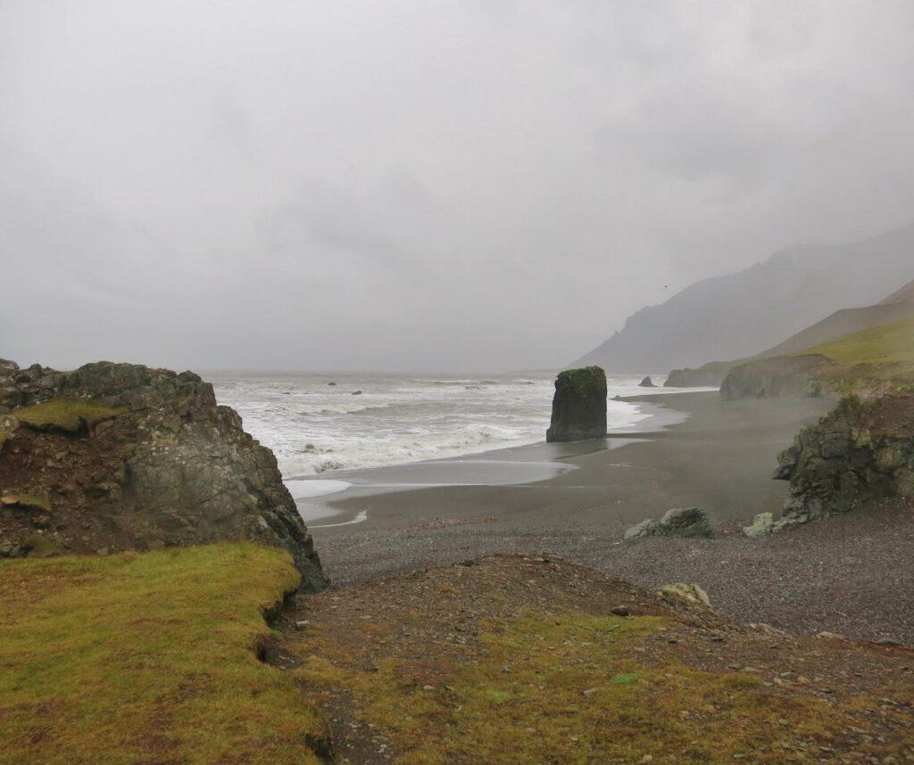 Toller Strand irgendwo auf dem Weg zu den Ostfjorden