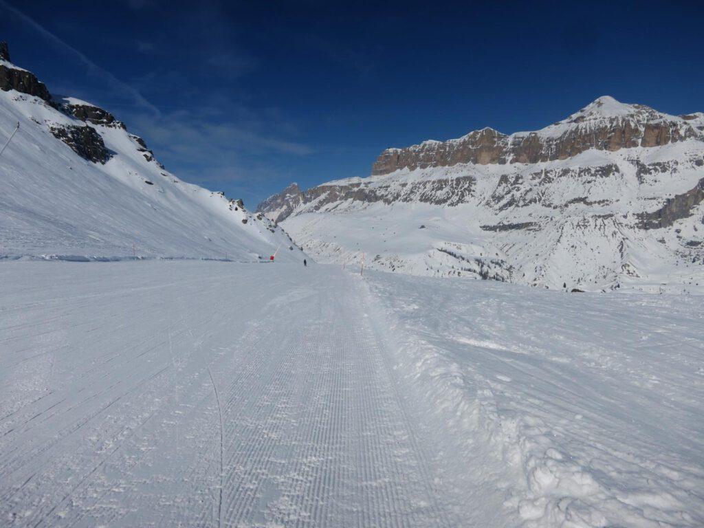 Auf der roten Sellarunde Richtung Skigebiet Fassatal