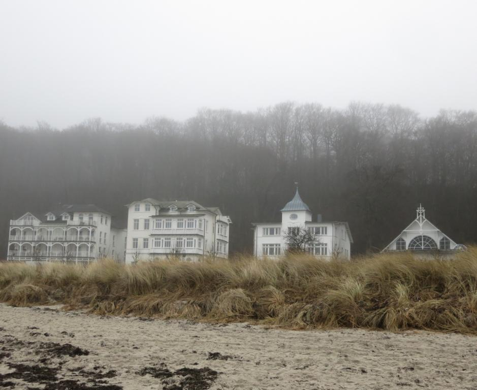 dicht - Strandpromenade Binz